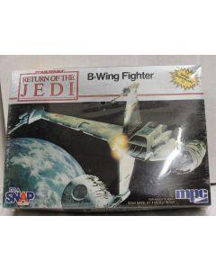 Vintage Star Wars ROTJ Boxed B-Wing Fighter Model Kit - MISB C8