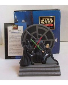 Star Wars Applause Classic Collector Clash of the Jedi Diorama - Includes COA