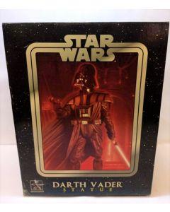 Gentle Giant Statue Darth Vader