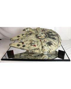 Master Replicas Limited Edition Star Wars Millennium Falcon  #730/1,500 No Case