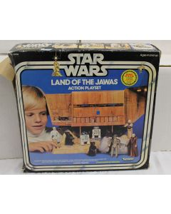 Vintage Kenner Star Wars Playsets Boxed Land of the Jawas - C8 with C5 Box