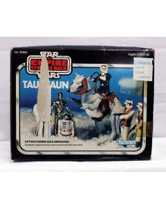 Vintage Star Wars Beast Boxed TaunTaun (Solid Belly) C9 with C5 Box (Split Reins)