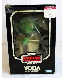 Kenner Star Wars Vintage Boxed Yoda Hand Puppet C-8 w/ C-5 Box